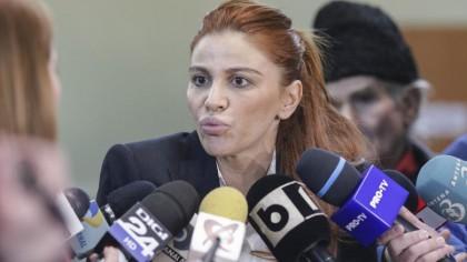 Bătaie de joc uluitoare! Ce funcție importantă i-a oferit Viorica Dăncilă deputatei Andreea Cosma! Este plătită regește din banii statului